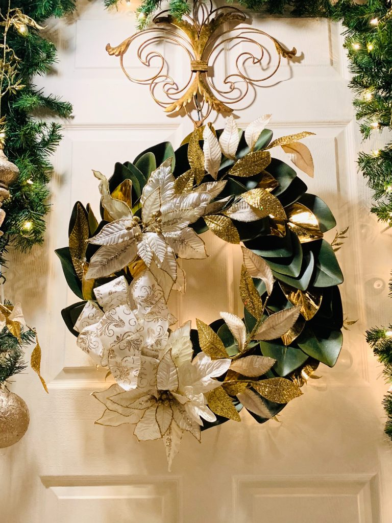 Christmas Hall Decorating Concepts To Impress Your Guests
